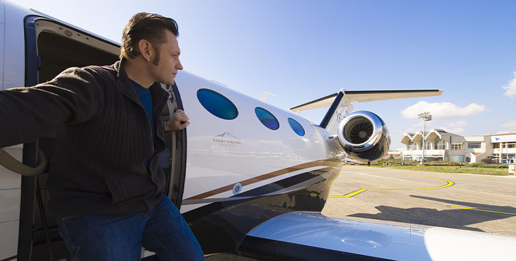 Private-Jet-to-Cabo-San-Lucas
